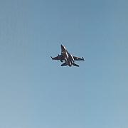 F-16 voert foto verkenningsvlucht boven Gooimeer Huizen nav vermissing Wendela Hagedoorn - van der Poel