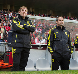 BRAGA, PORTUGAL, Thursday, March 10, 2011: Liverpool's manager Kenny Dalglish and assistant manager Steve Clarke during the UEFA Europa League Round of 16 1st leg match against Sporting Clube de Braga at the Estadio Municipal de Braga. (Photo by David Rawcliffe/Propaganda)