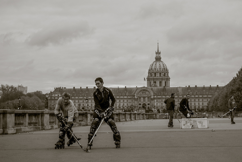Roller hockey being played in front of the Hotel des Invalides. Paris, France. November 24, 2013. Photograph ©2013 Darren Carroll