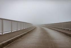 THEMENBILD - die Staumauer im Nebel, aufgenommen am 10. August 2018 in Kaprun, Österreich // the dam in the fog, Kaprun, Austria on 2018/08/10. EXPA Pictures © 2018, PhotoCredit: EXPA/ JFK