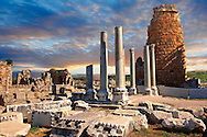 Ruins of the Hellenistic Gate towers of Perge. Perge (Perga) archaeological site, Turkey .<br /> <br /> If you prefer to buy from our ALAMY PHOTO LIBRARY  Collection visit : https://www.alamy.com/portfolio/paul-williams-funkystock/perge-archaeological-site-turkey.html<br /> <br /> Visit our CLASSICAL WORLD HISTORIC SITES PHOTO COLLECTIONS for more photos to download or buy as wall art prints https://funkystock.photoshelter.com/gallery-collection/Classical-Era-Historic-Sites-Archaeological-Sites-Pictures-Images/C0000g4bSGiDL9rw