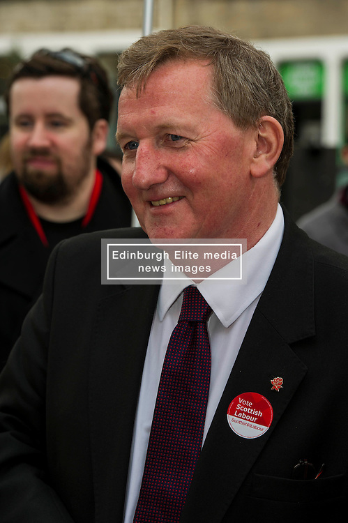 Pictured: Alex Rowley<br /> <br /> Scottish Labour deputy leader Alex Rowley was joined by the party's environment spokeswoman Sarah Boyack and party activists at a farmers' market in the Grassmarket, Edinburgh today. <br /> <br /> Ger Harley   EEm 1 April 2016