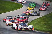 May 4-6 2018: IMSA Weathertech Mid Ohio. Start of the mid ohio sportscar grand prix led by 7 Acura Team Penske, Acura DPi, Helio Castroneves, Ricky Taylor