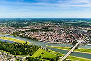 Nederland, Gelderland / Overijssel, Deventer, 17-07-2017; IJssel met uiterwaarden ter hoogte De Worp, tegenover stadscentrum. Om het IJsselwater bij hoogwater sneller af te voeren zijn bij Deventer zijn in het kader van het programma Ruimte voor de Rivier de uitwaarden vergraven om een hoogwatergeul te creëren. <br /> NOOT: Zie ook opnames van de oorspronkelijke situatie.<br /> IJssel with floodplains. In order to facilitate the flood of water from river IJssel at high waters, floodplains have been has excavated and and a flood chanel has been created.<br /> See also recordings of the original situation.<br /> luchtfoto (toeslag op standard tarieven);<br /> aerial photo (additional fee required);<br /> copyright foto/photo Siebe Swart