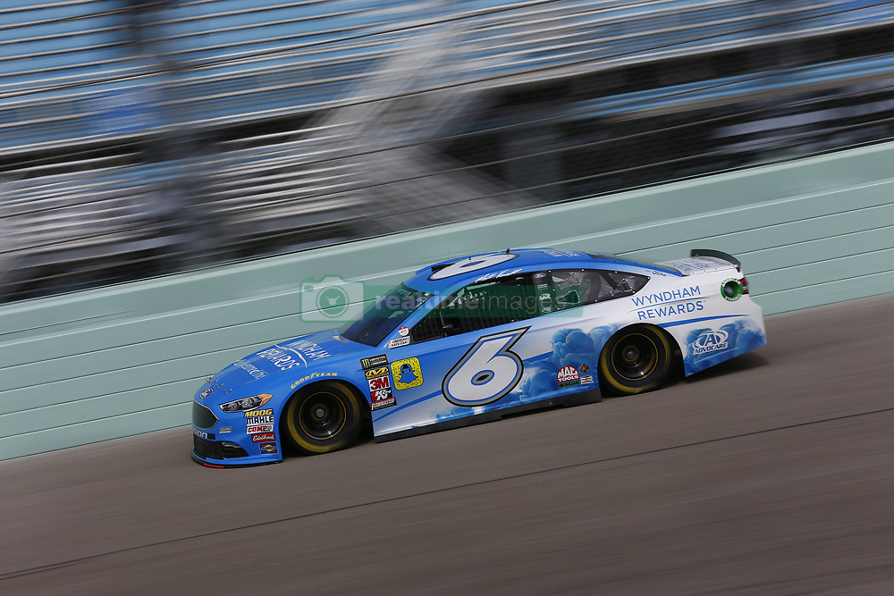 November 17, 2018 - Homestead, Florida, U.S. - Matt Kenseth (6) takes to the track to practice for the Ford 400 at Homestead-Miami Speedway in Homestead, Florida. (Credit Image: © Justin R. Noe Asp Inc/ASP)