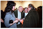 Marie Helvin, Brian Clarke, Mrs. Richard Hamilton and David Bailey, Product: Richard Hamilton private view, Gagosian Gallery. London. 13 January 2003.  © Copyright Photograph by Dafydd Jones 66 Stockwell Park Rd. London SW9 0DA Tel 020 7733 0108 www.dafjones.com