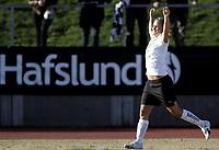 Fotball<br /> Toppserien 2008<br /> 22.04.2008<br /> Asker v Larvik 7-2<br /> Foto: Morten Olsen, Digitalsport<br /> <br /> Asker sin femmålsscorer Lindy Melissa Wiik jubler for en av sine scoringer