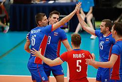 20170525 NED: 2018 FIVB Volleyball World Championship qualification, Koog aan de Zaan<br />Team Slovakia celebrate a point<br />©2017-FotoHoogendoorn.nl / Pim Waslander