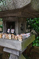 Shiromineji is dedicated to Senjyu Kannon Thousand-Armed Avalokiteshwara. It is the 81st temple of the Shikoku 88 Temple Pilgrimage.  Shiromineji is known as a foundational temple of both Kobo Daishi of the Shingon Sect and Chisho Daishi Enjin of the Tendai Sect. Mt. Shiramine, where it is located, is said to be the home of Sagamibo, a tengu long-nosed goblin who has appeared in a wide variety of literary worksThis temple was built to protect the imperial tomb of Emperor Sutoku and is famous for its beautiful scenery in the season of colored leaves.