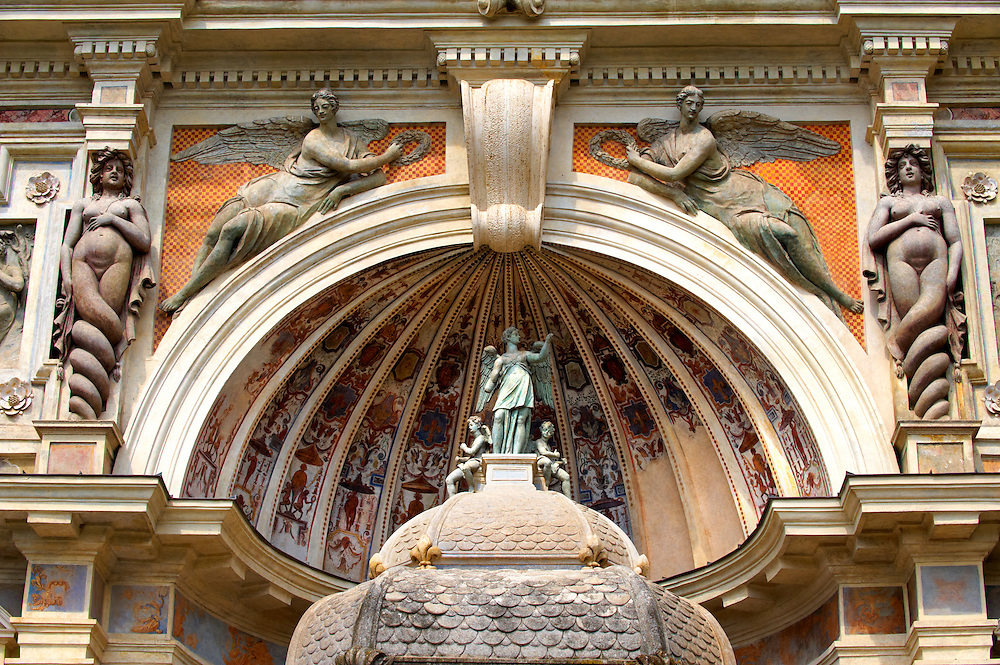 Caratids in the shape of Sirens and Winged Victories. The Organ fountain, 1566, housing organ pipies driven by air from the fountains. Villa d'Este, Tivoli, Italy - Unesco World Heritage Site. .<br /> <br /> Visit our ITALY PHOTO COLLECTION for more   photos of Italy to download or buy as prints https://funkystock.photoshelter.com/gallery-collection/2b-Pictures-Images-of-Italy-Photos-of-Italian-Historic-Landmark-Sites/C0000qxA2zGFjd_k<br /> If you prefer to buy from our ALAMY PHOTO LIBRARY  Collection visit : https://www.alamy.com/portfolio/paul-williams-funkystock/villa-este-tivoli.html
