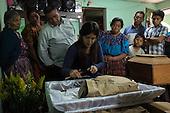 1510: Burials in Santa Apolonia