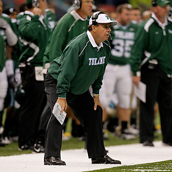 Oct 17, 2009; New Orleans, LA, USA; Tulane Green Wave head coach Bob Toledo on the sideline during a game against the Houston Cougars at the Louisiana Superdome. Houston defeated Tulane 44-16.   Mandatory Credit: Derick E. Hingle-US PRESSWIRE
