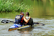 DUSI BRIDGE, KwaZulu-Natal - Ant Stott comgratulates Mike Mbanjwa, 23, who made history being the first black person to win Day 1 of the 2007 Hansa Powerade Dusi Canoe Marathon..Picture Giordano Stolley/Allied Picture Press