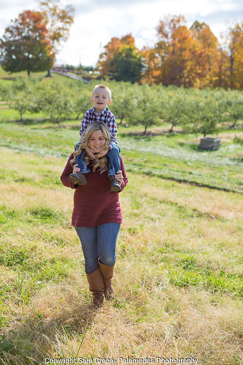 Mapleside Farm, photographed Puchmeyer family (Erika, Brad, Mckenna and Trenton) for the Medina County Getaway Guide, October 25th 2015.