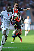 FOOTBALL - FRENCH CHAMPIONSHIP 2011/2012 - L1 - PARIS SG v VALENCIENNES FC - 21/08/2011 - PHOTO GUY JEFFROY / DPPI - KEVIN GAMEIRO (PSG) / REMI GOMIS (VAL)