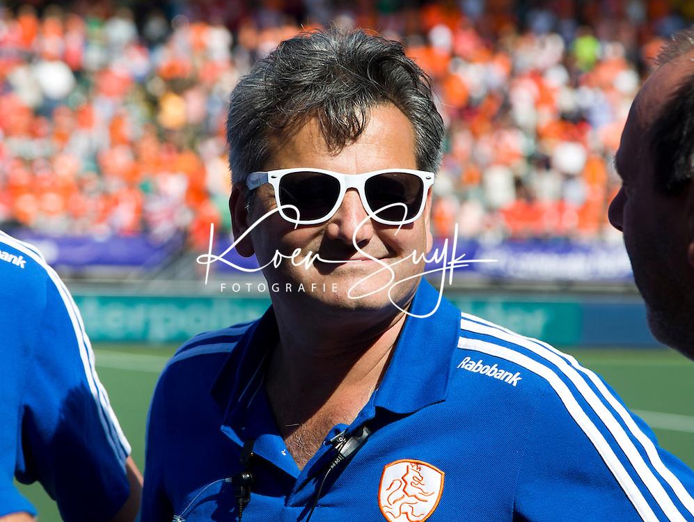 DEN HAAG - Bondscoach Paul van As na de halve finale wedstrijd tussen de mannen van Nederland en Engeland (1-0) voor de World Cup Hockey 20124. ANP KOEN SUYK