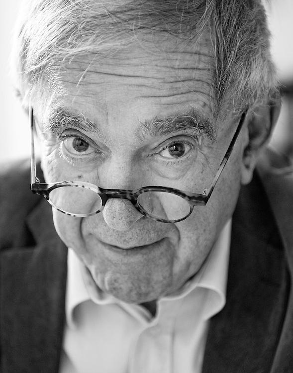 Nederland. Amsterdam, 28-10-2014. Photo: Patrick Post.  Portret van K. Schippers, pseudoniem van Gerard Stigter, (Amsterdam, 6 november 1936), een Nederlands dichter en prozaschrijver.