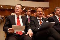 15 JUL 2004, BERLIN/GERMANY:<br /> Franz Muentefering (L), SPD Parteivorsitzender, Frank Bsirske (R), ver.di Vorsitzender,  singen zusammen, waehrend einem Festakt zum 100. Geburtstag von Karl Richter, langjähriges aktives Mitglied von Partei und Gewerkschaft, Rathaus Reinickendorf<br /> IMAGE: 20040715-01-023<br /> KEYWORDS: Franz Müntefering, Feier, Gesang