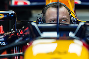 Nov 15-18, 2012: Red Bull mechanic warms up the car's engine. .© Jamey Price/XPB.cc