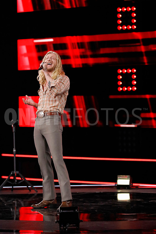 """THE VOICE -- """"Knockout Reality"""" Episode 2010 --  Pictured: Jordan Matthew Young -- (Photo by: Trae Patton/NBC)"""