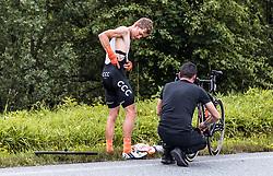 12.07.2019, Kitzbühel, AUT, Ö-Tour, Österreich Radrundfahrt, 6. Etappe, von Kitzbühel nach Kitzbüheler Horn (116,7 km), im Bild Riccardo Zoidl (CCC Team, AUT) mit Betreuer // during 6th stage from Kitzbühel to Kitzbüheler Horn (116,7 km) of the 2019 Tour of Austria. Kitzbühel, Austria on 2019/07/12. EXPA Pictures © 2019, PhotoCredit: EXPA/ JFK