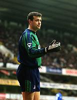 Fotball: Neil Sullivan - Tottenham. Tottenham Hotspur v Chelsea. FA Cup 6th Round, 10.03.2002.<br /> Foto: Andrew Cowie, Digitalsport
