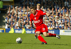 LIVERPOOL, ENGLAND - Saturday, April 19, 2003: Liverpool's Michael Owen in action against Everton during the Merseyside Derby Premiership match at Goodison Park, Liverpool. Saturday, April 19th, 2003..Pic by David Rawcliffe/Propaganda..Any problems call David Rawcliffe +44(0)7973 14 2020 david@propaganda-photo.com http://www.propaganda-photo.com (Pic by David Rawcliffe/Propaganda)
