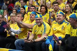 December 9, 2017 - Bratislava, Slovakien - 171209 Svenska fans infÅ¡r finalen i Innebandy-VM mellan Sverige och Lettland den 9 december 2017 i Bratislava  (Credit Image: © Per Wiklund/Bildbyran via ZUMA Wire)