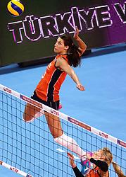 09-01-2016 TUR: European Olympic Qualification Tournament Rusland - Nederland, Ankara<br /> De strijd om Rio of Japan / Robin de Kruijf #5