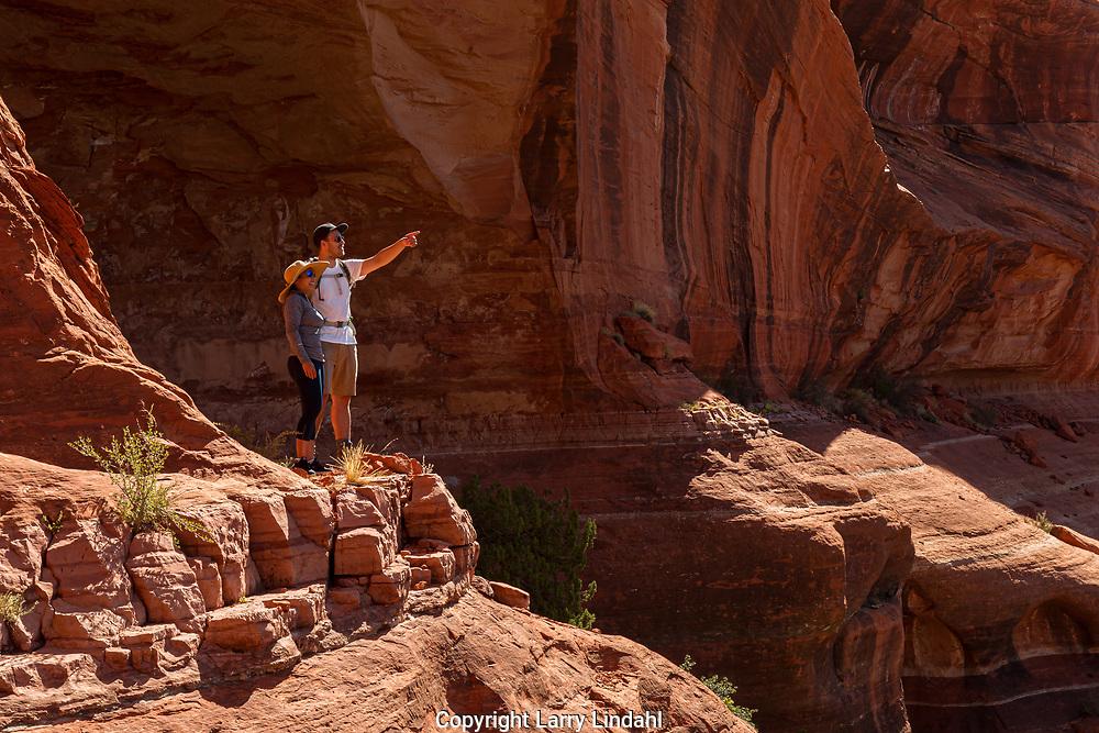 Lea & Hendrik , Boynton Canyon, Mushroom Rock Hike, AZ