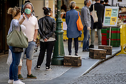 A view of Parisians not respecting the lockdown in Paris, France on April 12, 2020. France's overall death toll from the coronavirus has risen to nearly 14,400 - but for the fourth day in a row, slightly fewer people were admitted into intensive care.The French president is expected to announce the lengthening of a country-wide lockdown which began on March 17 and were renewed two weeks later. Photo by Robin Utrecht/ABACAPRESS.COM