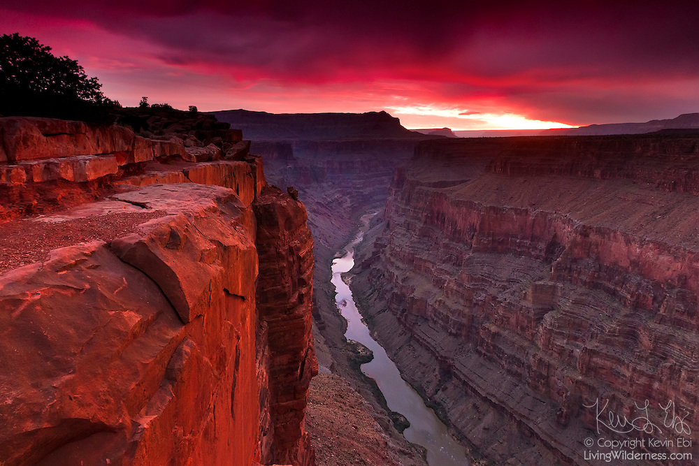The Tuweep Overlook, also spelled Toroweap, provides one of the most dramatic views of the Grand Canyon in Arizona. Here, the canyon is 3,000 feet deep and one mile wide. It's one of the few places on the canyon rim where you can see both the Colorado River and all the way across the canyon.
