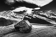 Berge um Zermatt und Matterhorn. Gletscherschliff-Platten oberhalb des Zusammenflusses von Gorner- und Grenzgletscher.<br /> <br /> <br /> <br /> Mountains around Zermatt and Matterhorn. Glacier polished ledges above the meeting of the glaciers Gorner and Grenz.