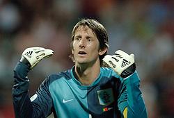 25-06-2006 VOETBAL: FIFA WORLD CUP: NEDERLAND - PORTUGAL: NURNBERG<br /> Oranje verliest in een beladen duel met 1-0 van Portugal en is uitgeschakeld / VAN DER SAR Edwin <br /> ©2006-WWW.FOTOHOOGENDOORN.NL
