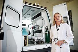 A doutora Eliane Resener, diretora do hospital universitário de Santa maria, que teve o filho atingido durante a tragédia onde morreram mais de 230 pessoas no incêndio da Boate Kiss. FOTO: Jefferson Bernardes/Preview.com
