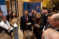 11 NOV 2003, BERLIN/GERMANY:<br /> Wolfgang Bosbach, MdB, CDU, Stellv. CDU/CSU  fraktionsvorsitzender, mit dem Kaesebroetchen in der Hand, spricht mit einigen Journalistenueber den Fall Hohmann, waehrend der Sitzung der CDU/CSU Bundestagsfraktion, Deustcher Bundestag<br /> IMAGE: 20031111-02-007<br /> KEYWORDS: Journalist, Journalisten