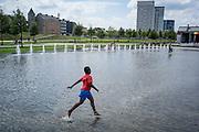 Antwerpen, Belgie, 14 jul 2014, activiteiten aan water