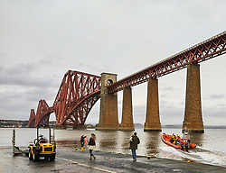 The lifeboat station at South Queensferry was tasked by the UK Coastguard to attend five people in difficulty in the water at Cramond causway today (13:14).  The semi-rigid boat was launched to attend the incident.