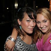 NLD/Amsterdam/20080909 - 18de Verjaardag Melody Klaver, Melody en dj