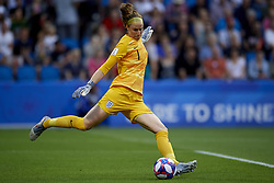 June 27, 2019 - Le Havre, France - Karen Bardsley (Manchester City WFC) of England does passed during the 2019 FIFA Women's World Cup France Quarter Final match between Norway and England at  on June 27, 2019 in Le Havre, France. (Credit Image: © Jose Breton/NurPhoto via ZUMA Press)