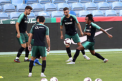 September 6, 2018 - Na - Loulé, 05/09/2018 - National Team AA: Preparation for the League of Nations: Adaptive training for the preparation match with Croatia at the Estádio Algarve. Reuben Neves; Bruno Fernandes; Gelson Martins; (Credit Image: © Atlantico Press via ZUMA Wire)