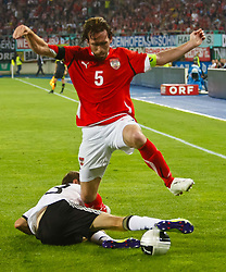 03.06.2011, Ernst Happel Stadion, Wien, AUT, UEFA EURO 2012, Qualifikation, Oesterreich (AUT) vs Deutschland (GER), im Bild Thomas Mueller, (GER, #13) gegen Christian Fuchs, (AUT, #5) // during the UEFA Euro 2012 Qualifier Game, Austria vs Germany, at Ernst Happel Stadium, Vienna, 2010-06-03, EXPA Pictures © 2011, PhotoCredit: EXPA/ E. Scheriau
