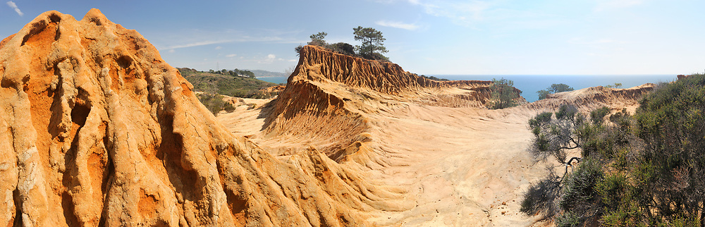Eroded sandstone High-Resions in the more remote southern end of the reserve. <br /> <br /> Panoramic available up to 13254 x 4268.