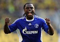 Schlussjubel Gerald Asamoah Schalke<br /> Bundesliga Borussia Dortmund - FC Schalke 04 0:1<br /> <br /> Norway only