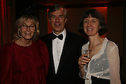 JOAN BINGHAM, MICHAEL CARLYLE AND HELEN FRASER, Drinks Reception before the Man Booker Prize 2006. Guildhall, Gresham Street, London, EC2, 10 October 2006. -DO NOT ARCHIVE-© Copyright Photograph by Dafydd Jones 66 Stockwell Park Rd. London SW9 0DA Tel 020 7733 0108 www.dafjones.com