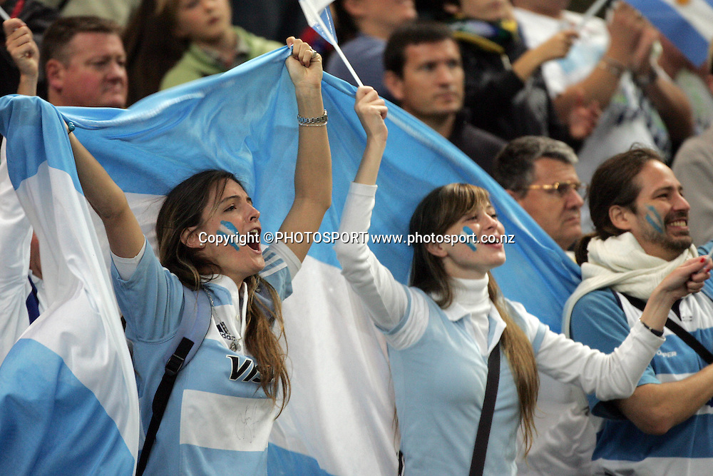 Argentina fans.<br />Argentina v Sth Africa, Rugby World Cup Semi Final Two, Stade de France, Paris, France. Sunday 14 October 2007. South Africa won the match 37-13. Photo: Andrew Cornaga/PHOTOSPORT