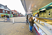 Nederland, Doetinchem, 29-11-2018Krimp en gevolgen ervan voor lokale, plaatselijke economie, binnenstad, leefbaarheid, voorzieningenniveau . Oliebollen .Foto: Flip Franssen