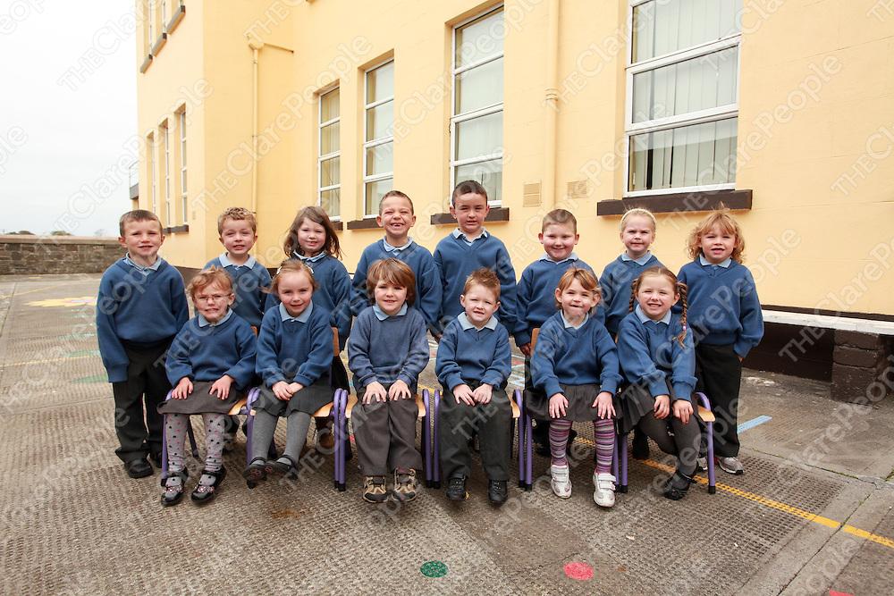 Scoil Mhainchin Ennistymon National School Junior Infants.<br /> Photograph by Yvonne Vaughan