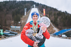 26.03.2017, Planica, Ratece, SLO, FIS Weltcup Ski Sprung, Planica, Skiflug, Siegerehrung, im Bild Gesamtweltcup, Skiflug Weltcup, RAW Air Sieger, Doppelweltmeister, Silbermedaillen und Bronzemedaillengewinner Stefan Kraft (AUT) // Overall World Cup Ski Flying World Cup winner RAW Air Winner World Champion Silver Medal and Bronze Medalist Stefan Kraft of Austria during award winner ceremony after the Ski Flying Hill Individual competition of the FIS Ski Jumping World Cup Final 2017 at Planica in Ratece, Slovenia on 2017/03/26. EXPA Pictures © 2017, PhotoCredit: EXPA/ JFK