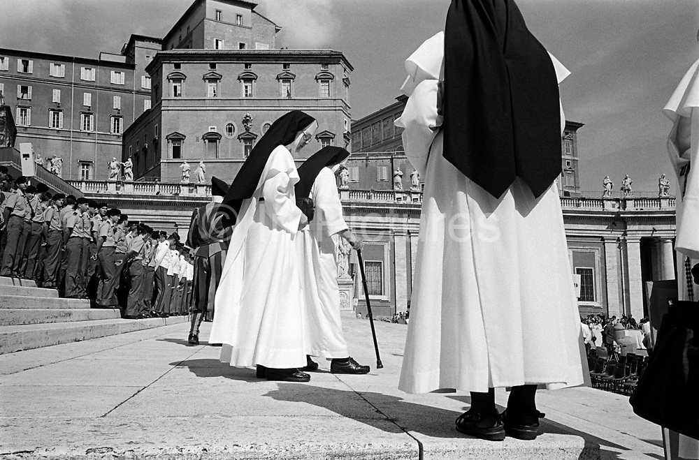 Nuns waiting for the Pope to attend his weekly audience at St Peter's Square. TheVatican, Rome, Italy.
